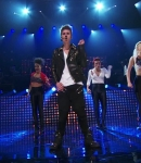 Justin_Bieber___All_Around_The_World_28Official29_ft_Ludacris_315.jpg